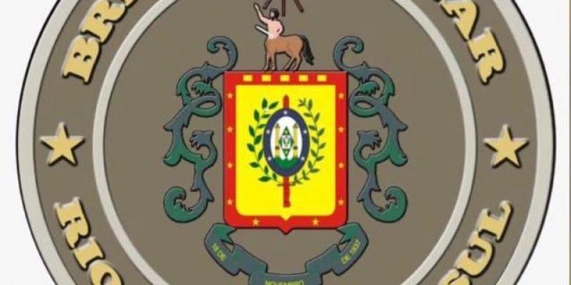 HOMEM ATIRA CONTRA MULHER EM MERCADO NO CENTRO DE CANELA