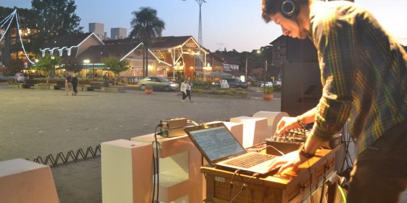 FESTIVAL DE DJ'S NA TEMPORADA DE VERÃO DE CANELA