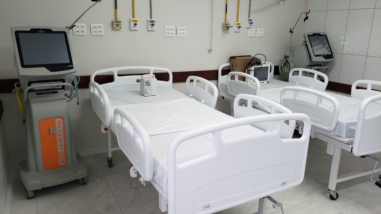 HOSPITAL DE CANELA AMPLIA  LEITOS E HABILITA UTI COVID