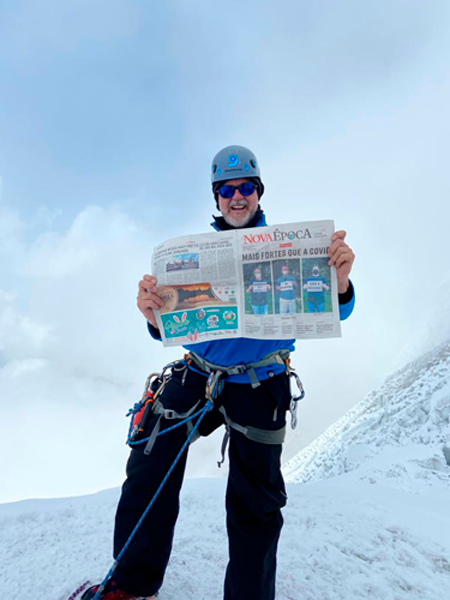 Por amor às montanhas e aos nepaleses