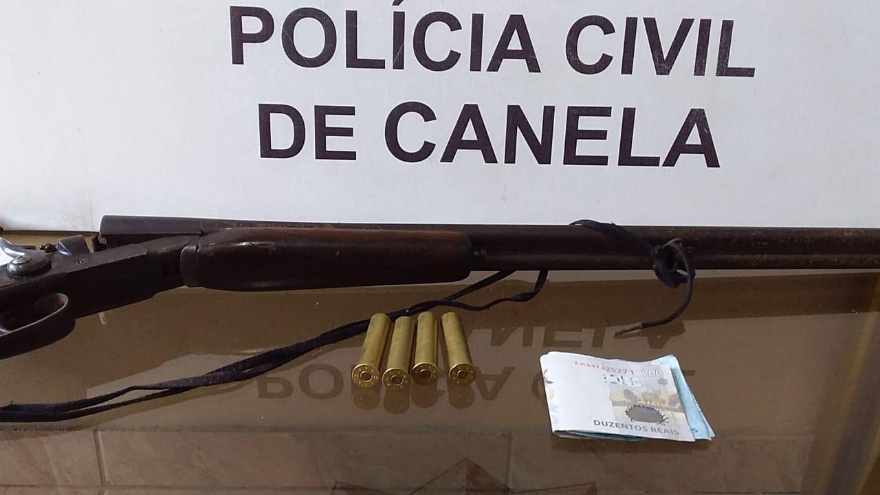 Homem é preso em flagrante por posse ilegal de arma